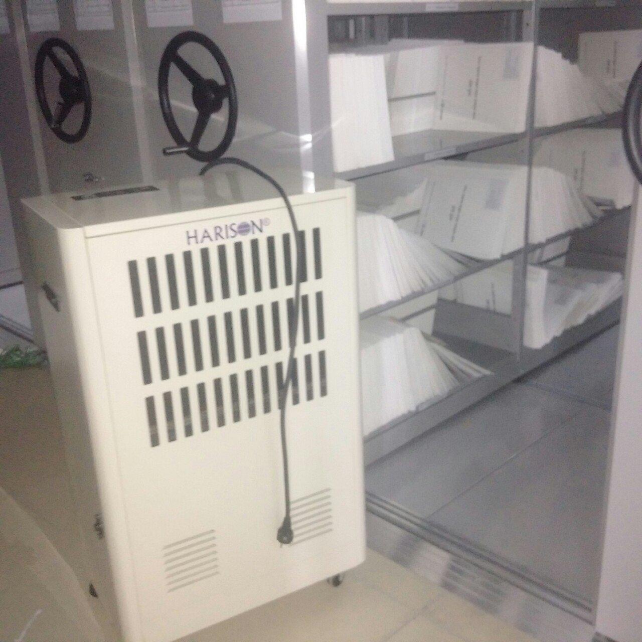 may hd 150b1 Máy hút ẩm cần thiết ntn trong việc bảo quản trứng